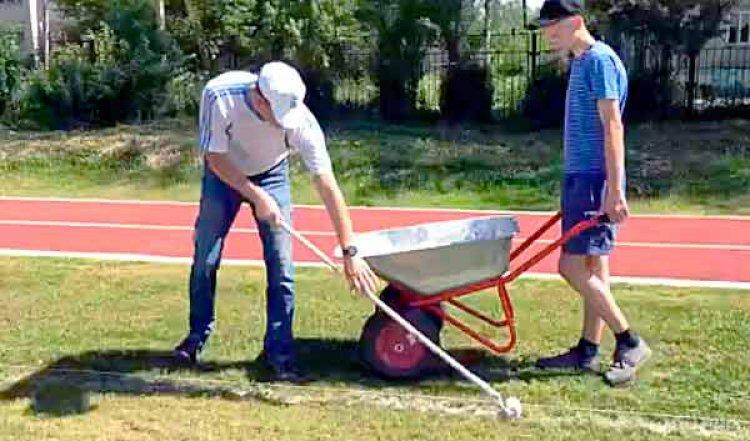 12 июня в День России в Устюжне откроют футбольное поле